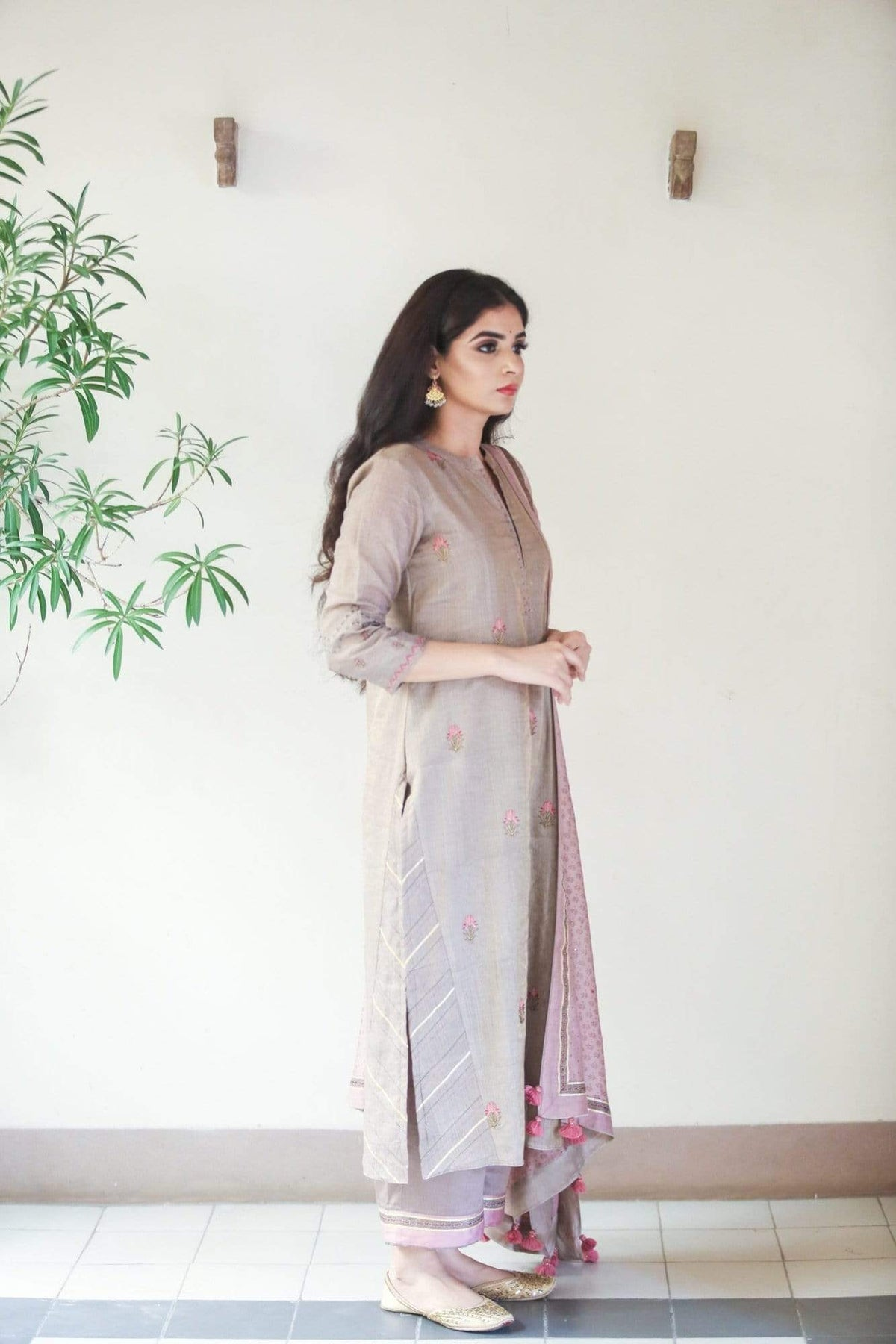 Roopini Kurtas Brown kurta set