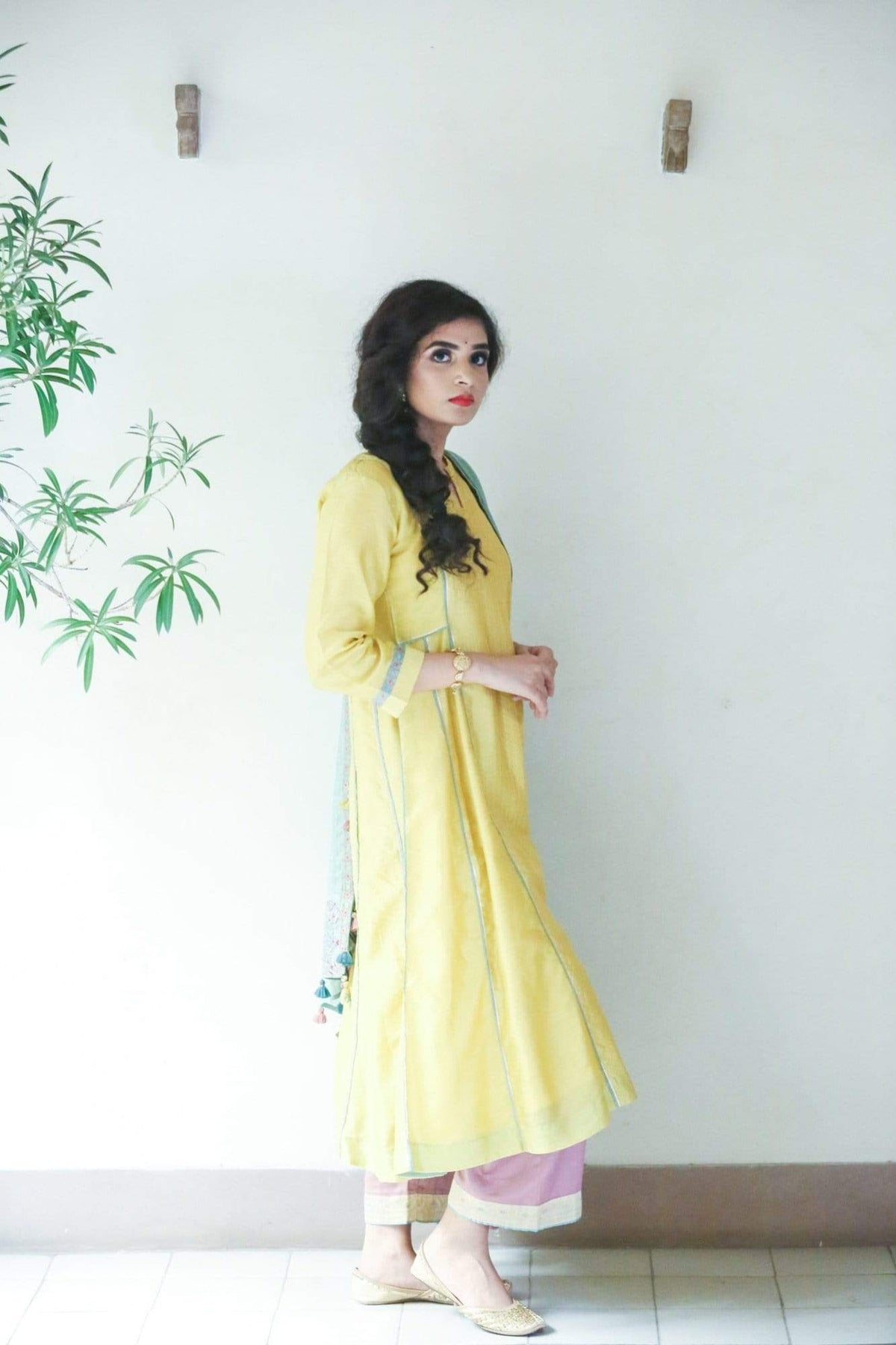 Roopini Kurtas Yellow kurta set