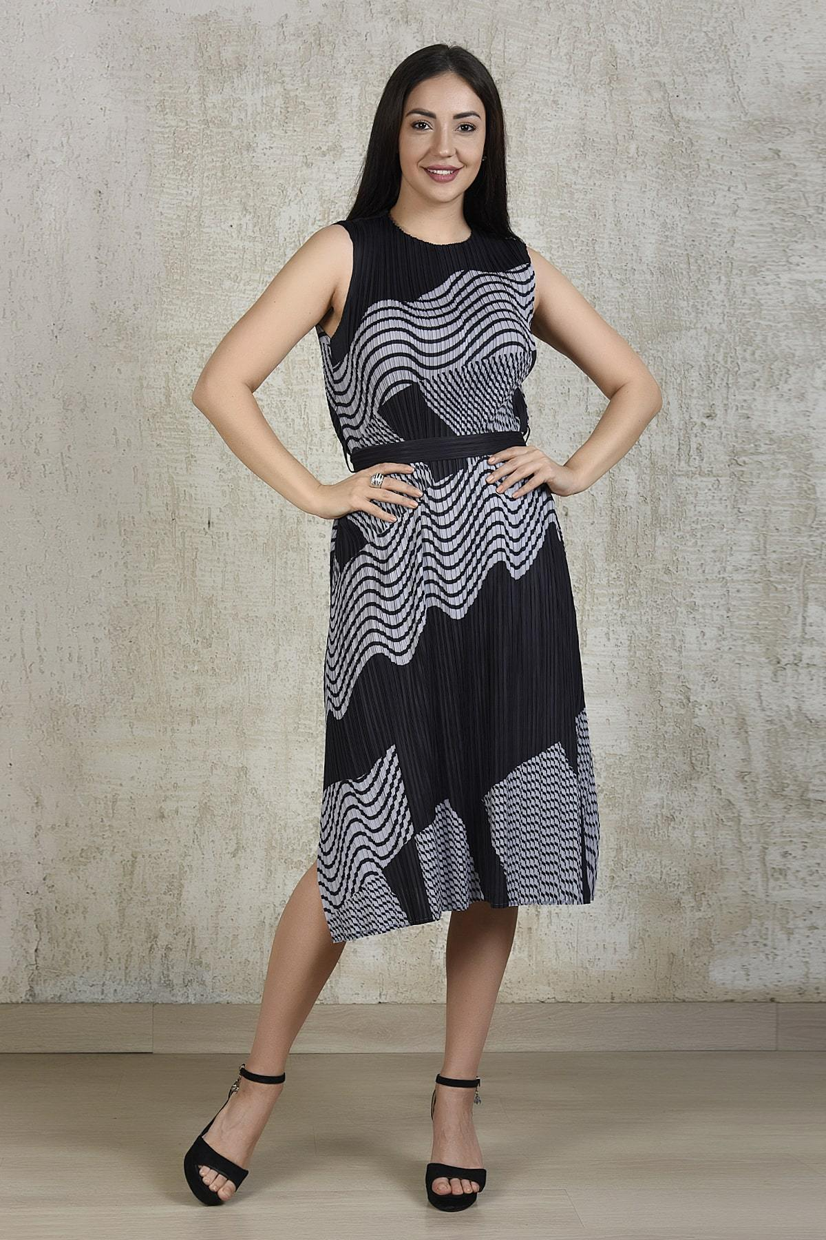 Tasuvure Dresses Midi stripe dress