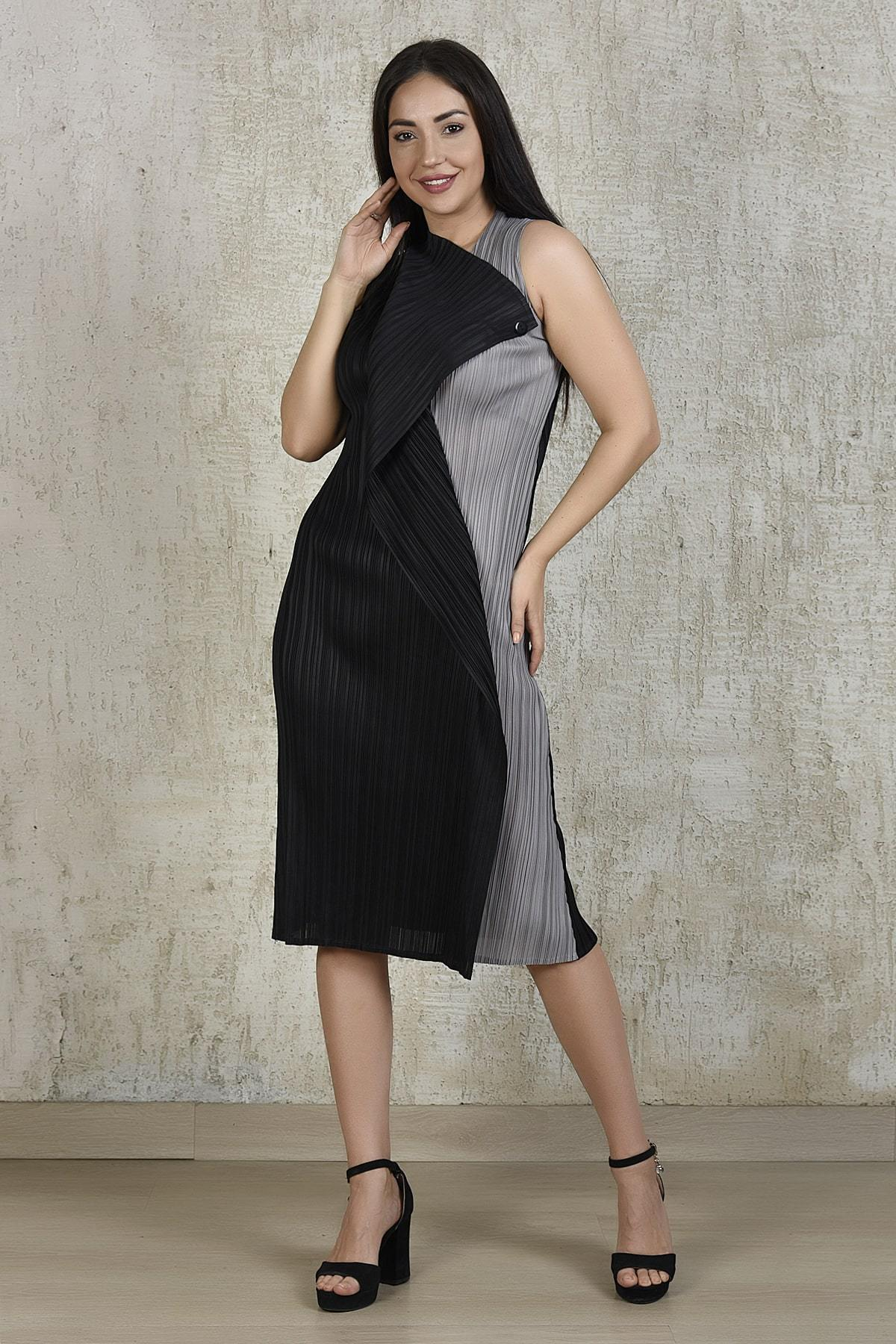 Tasuvure Dresses Pencil flap button dress in black and grey
