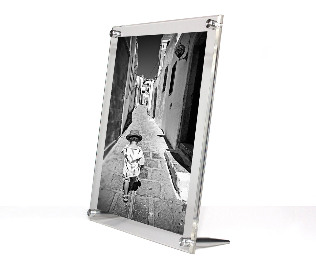 CASE of 5 Clear Acrylic TableTop Frames for 8x10\