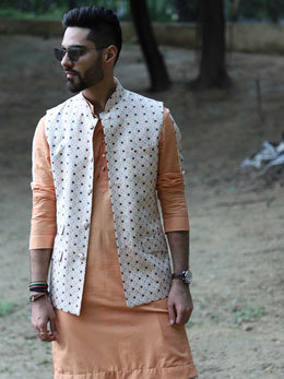 Geometric Print Bundi with Kurta and Churidaar