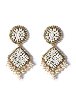 Golden Nest Earrings With White Pearls