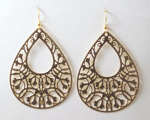 Earring {Bold Filigree Teardrop Gold}