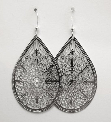 Earring {Dragonfly Wing Silver}