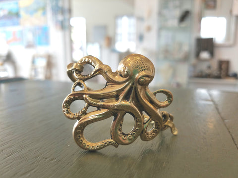 Bracelet {Octopus: shiny brass}