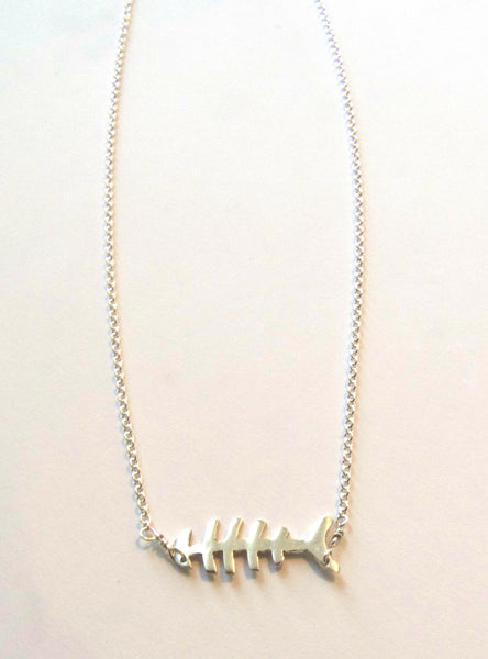 Necklace {Fishbone Silver Chain}