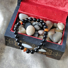 Load image into Gallery viewer, Akiki™ Black Obsidian Bracelet for Self-Reflection • Protection • Cleansing - Elastic - Natural crystals - Customizable - Free jewelry pouch - Saatwa