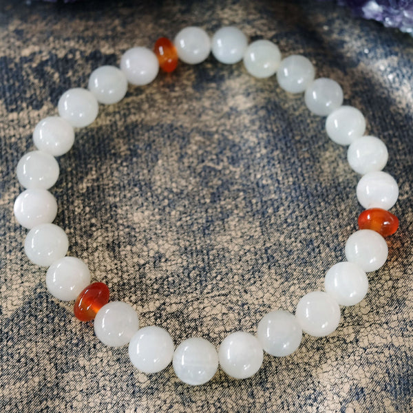 Akiki™ Moonstone Bracelet for Life Purpose • New Beginnings • Destiny - Elastic - Natural crystals - Customizable - Free jewelry pouch - Saatwa