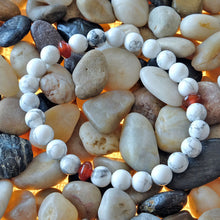 Load image into Gallery viewer, Akiki™ Howlite Bracelet - Elastic natural healing crystal bracelet - Customizable in length and bead size - Free jewelry pouch - Saatwa