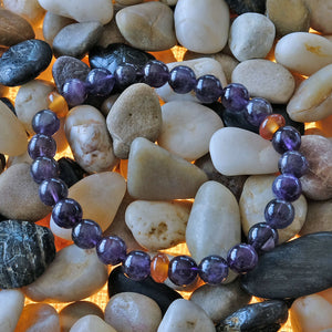 Akiki™ Amethyst Bracelet for Peace • Intuition • Harmony • Relaxation • Love - Elastic - Natural crystal - Customizable - Free jewelry pouch - Saatwa