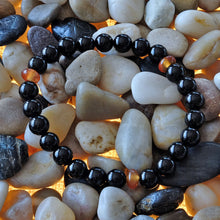 Load image into Gallery viewer, Akiki™ Capricorn Zodiac Bracelet - Elastic - Natural Obsidian crystal - Customizable in length and bead size - Free jewelry pouch - Saatwa