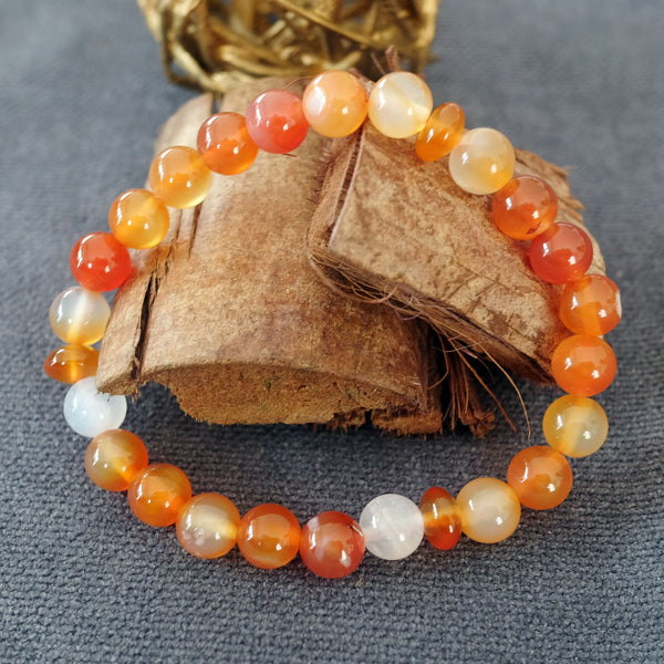 Akiki™ Carnelian Bracelet for Creativity • Inspiration • Passion - Elastic - Natural crystals - Customizable - Free jewelry pouch - Saatwa