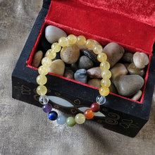 Load image into Gallery viewer, Espri™ Solar Plexus Chakra Bracelet - Elastic citrine crystals bracelet, customizable in length and bead size - Free jewelry pouch - Saatwa