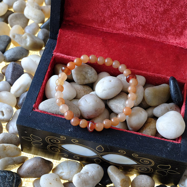 Akiki™ Red Aventurine Bracelet for Luck • Abundance • Confidence - Elastic - Natural crystals - Customizable - Free jewelry pouch - Saatwa