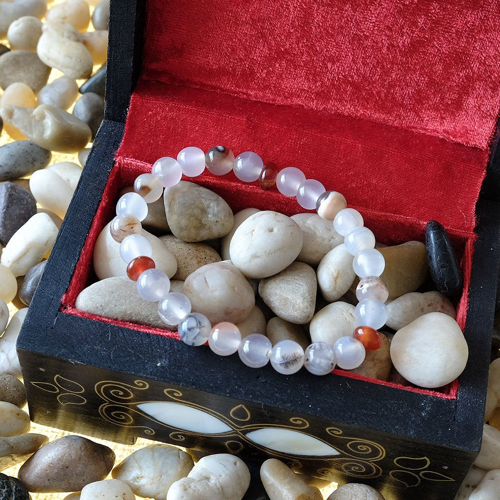 Akiki™ Agate Bracelet for Strength • Balance • Confidence - Elastic  crystals - Customizable - Free jewelry pouch - Saatwa