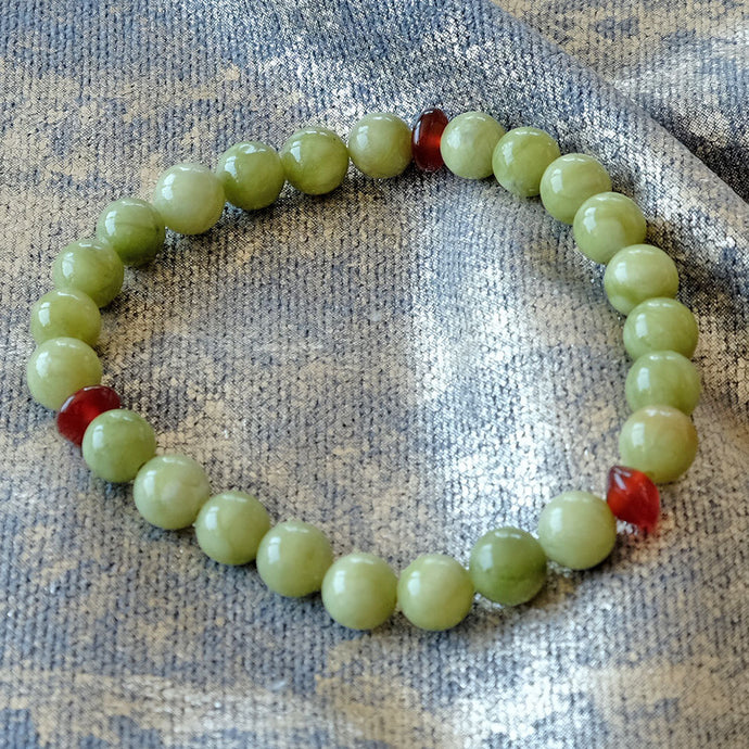 Akiki™ Green Jade Bracelet for Prosperity • Abundance • Opportunity - Elastic - Natural crystals - Customizable - Free jewelry pouch - Saatwa