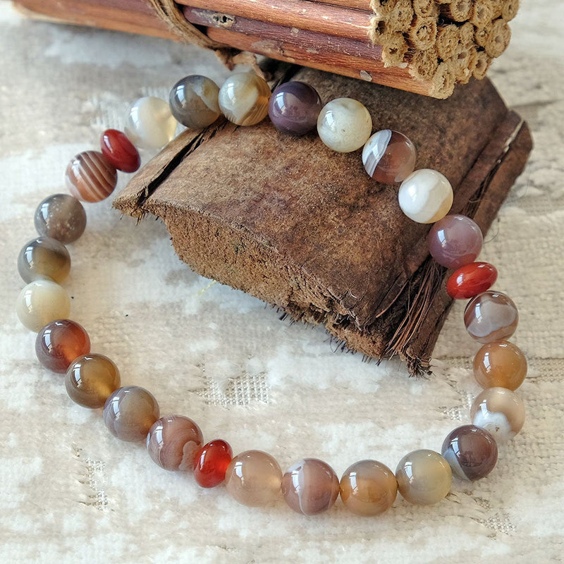 Bracelet for Peace • Serenity • Balance - Akiki™ Natural Botswana Agate crystals - Customizable - Free jewelry pouch - Saatwa
