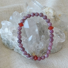 Load image into Gallery viewer, Akiki™ Lepidolite Bracelet - Elastic - Natural healing crystals - Customizable in length and bead size - Free jewelry pouch - Saatwa