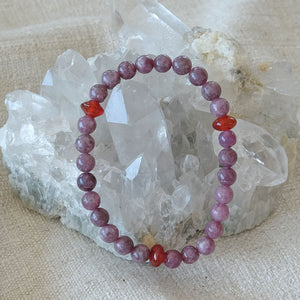 Akiki™ Lepidolite Bracelet - Elastic - Natural healing crystals - Customizable in length and bead size - Free jewelry pouch - Saatwa