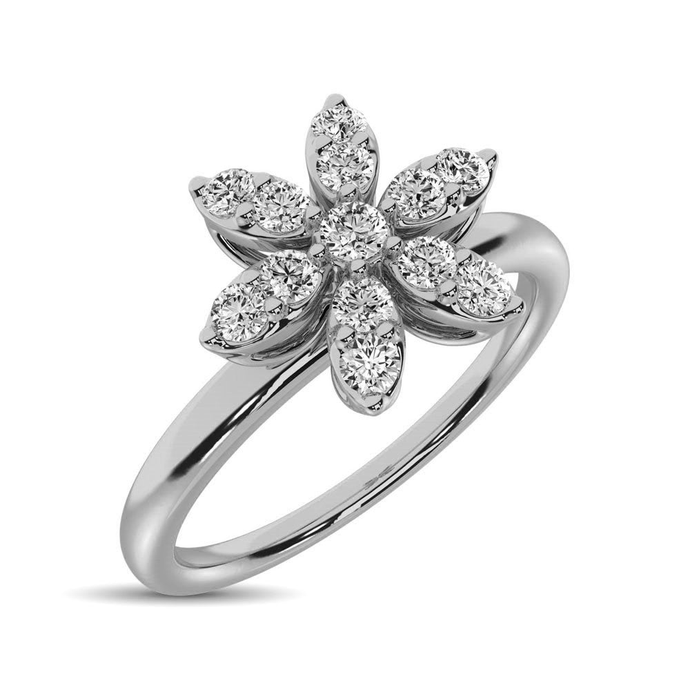 10K White Gold 1/4 Ctw Diamond Flower Ring