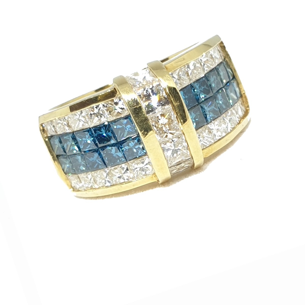 18kt Yellow Gold Caribbean Blue & White Diamond Ring , Princess Cut Invisible Set