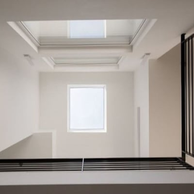 Image of Fakro DEF DU6 Electric Vented Flat Roof Deck-Mounted Skylight Triple glazed