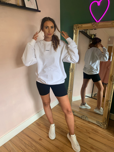 OVERSIZED LONDON SWEATSHIRT IN WHITE