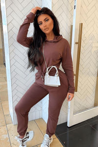 CROPPED HOODIE & JOGGER LOUNGE SET IN BROWN