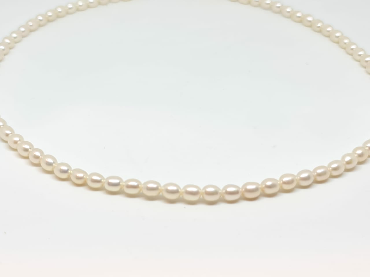 Oval Pearl Necklace/012