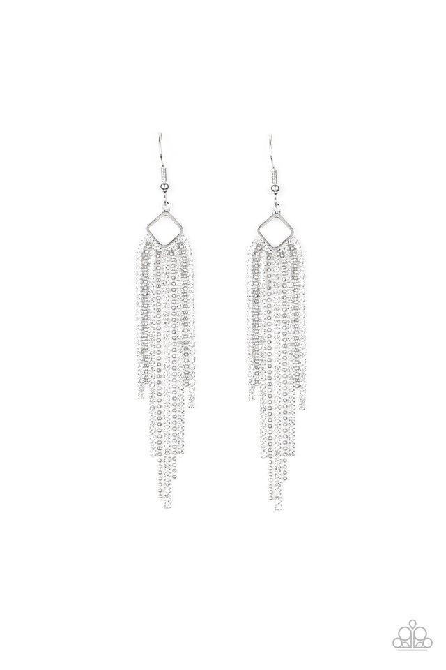 Paparazzi Earring ~ Singing in the REIGN - White