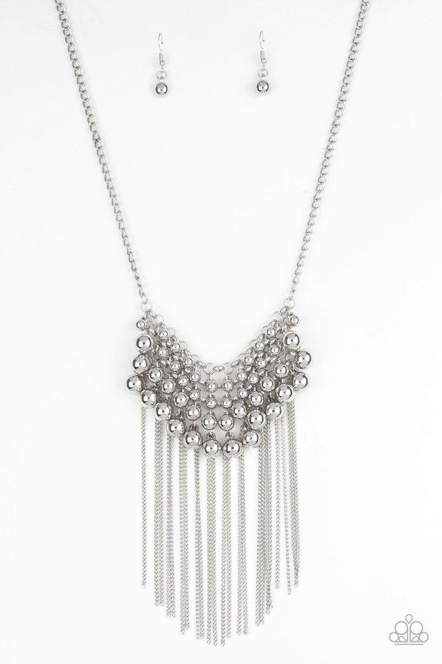 Paparazzi Necklace ~ DIVA-de and Rule - Silver