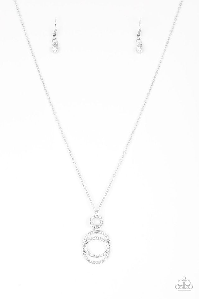 Paparazzi Necklace ~ Timeless Trio - White
