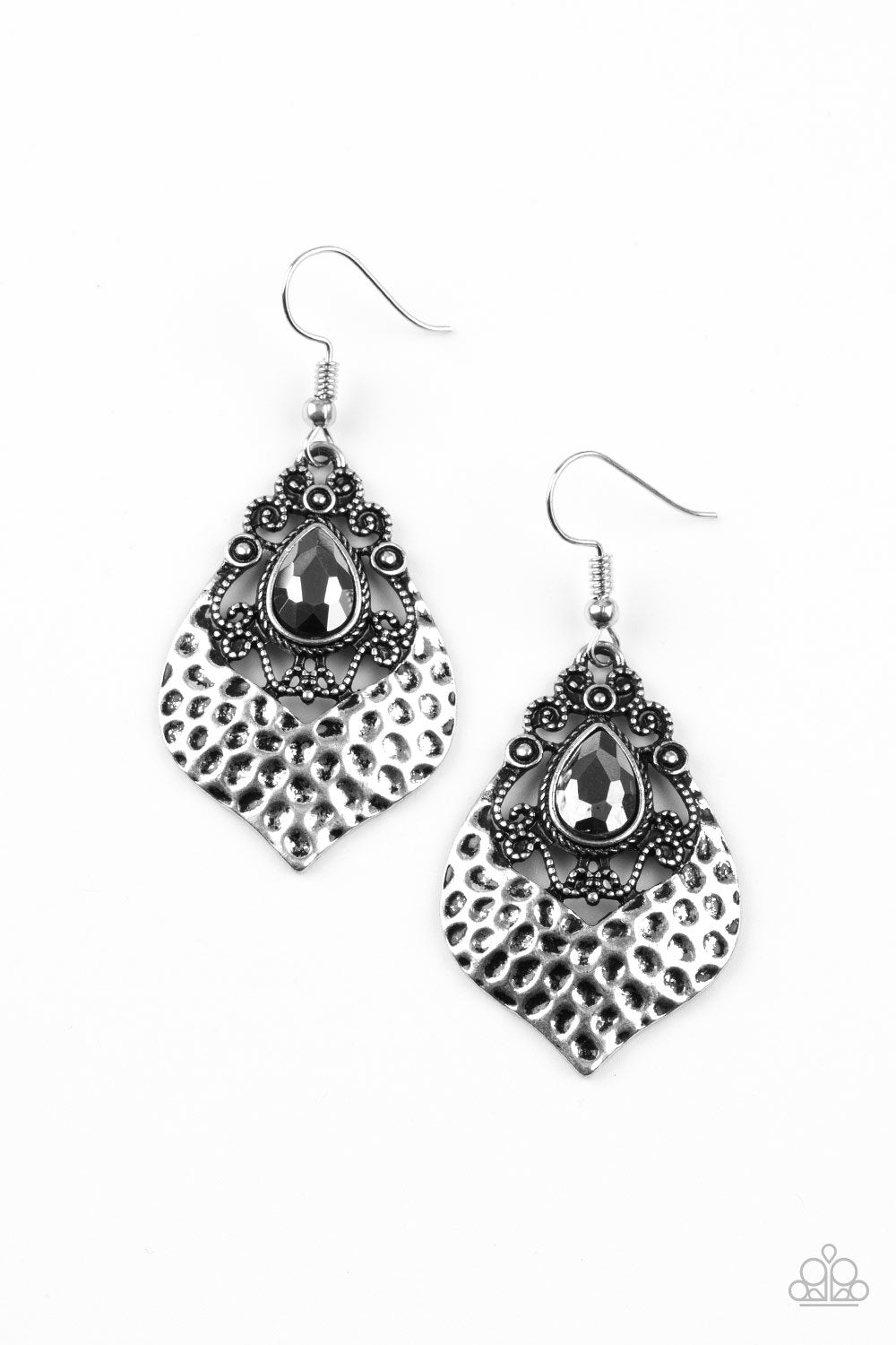 Paparazzi Accessories ~ Royal Rebel - Silver