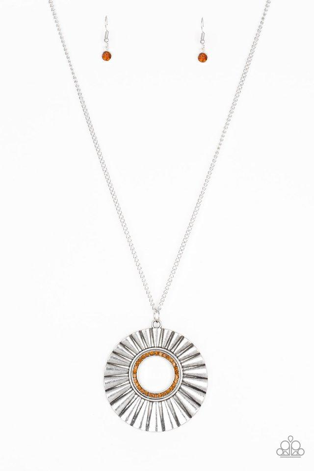 Paparazzi Necklace ~ Chicly Centered - Brown