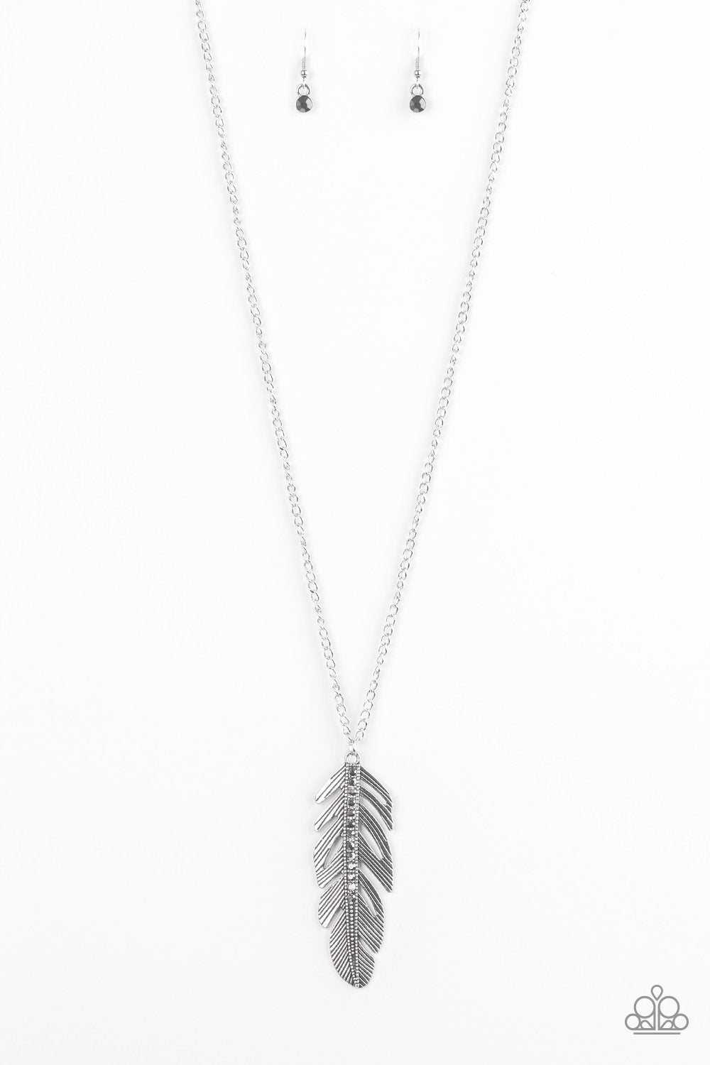 Paparazzi Necklace ~ Sky Quest - Silver