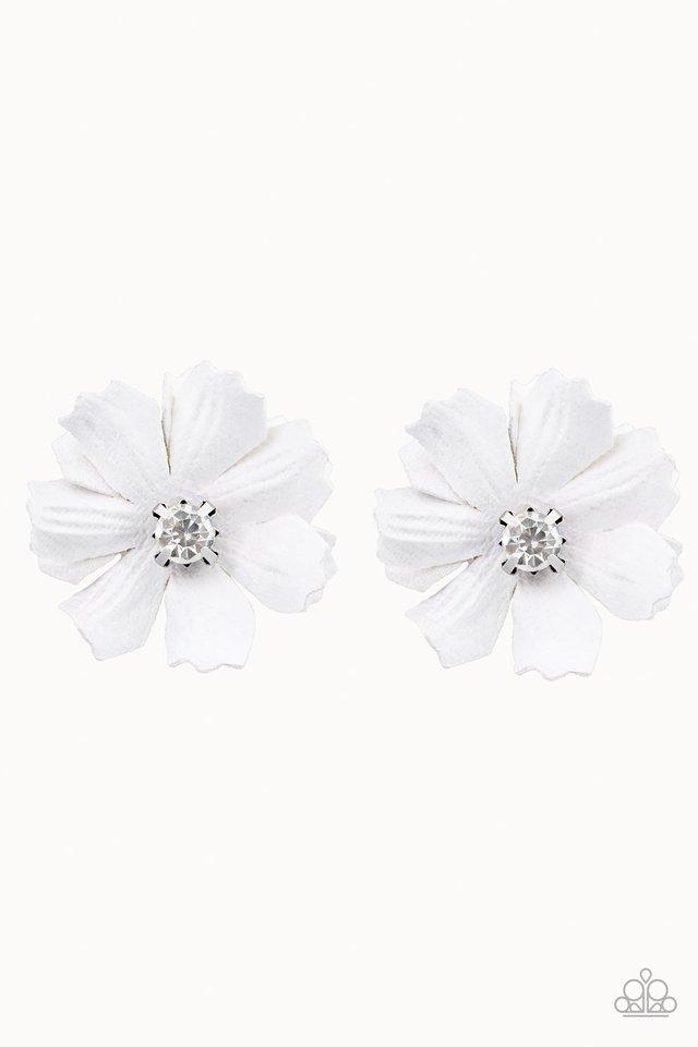 Paparazzi Accessories ~ Candid Carnations - White