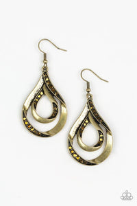 Paparazzi Earring ~ Flavor Of The Fleek - Brass