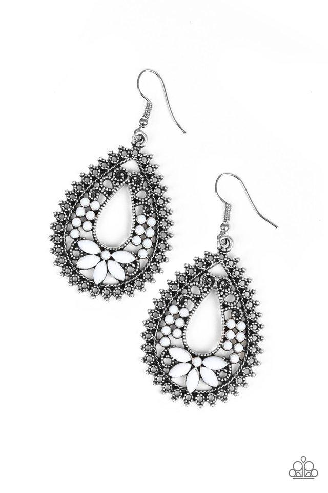 Paparazzi Accessories ~ Atta-GALA - White