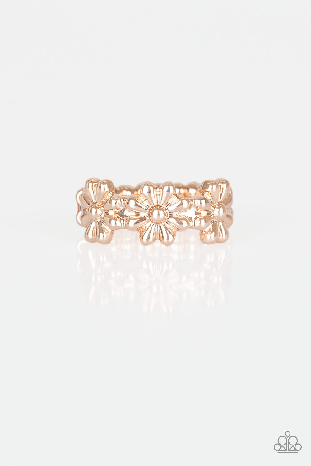 Paparazzi Ring ~ Daisy Dapper - Rose Gold