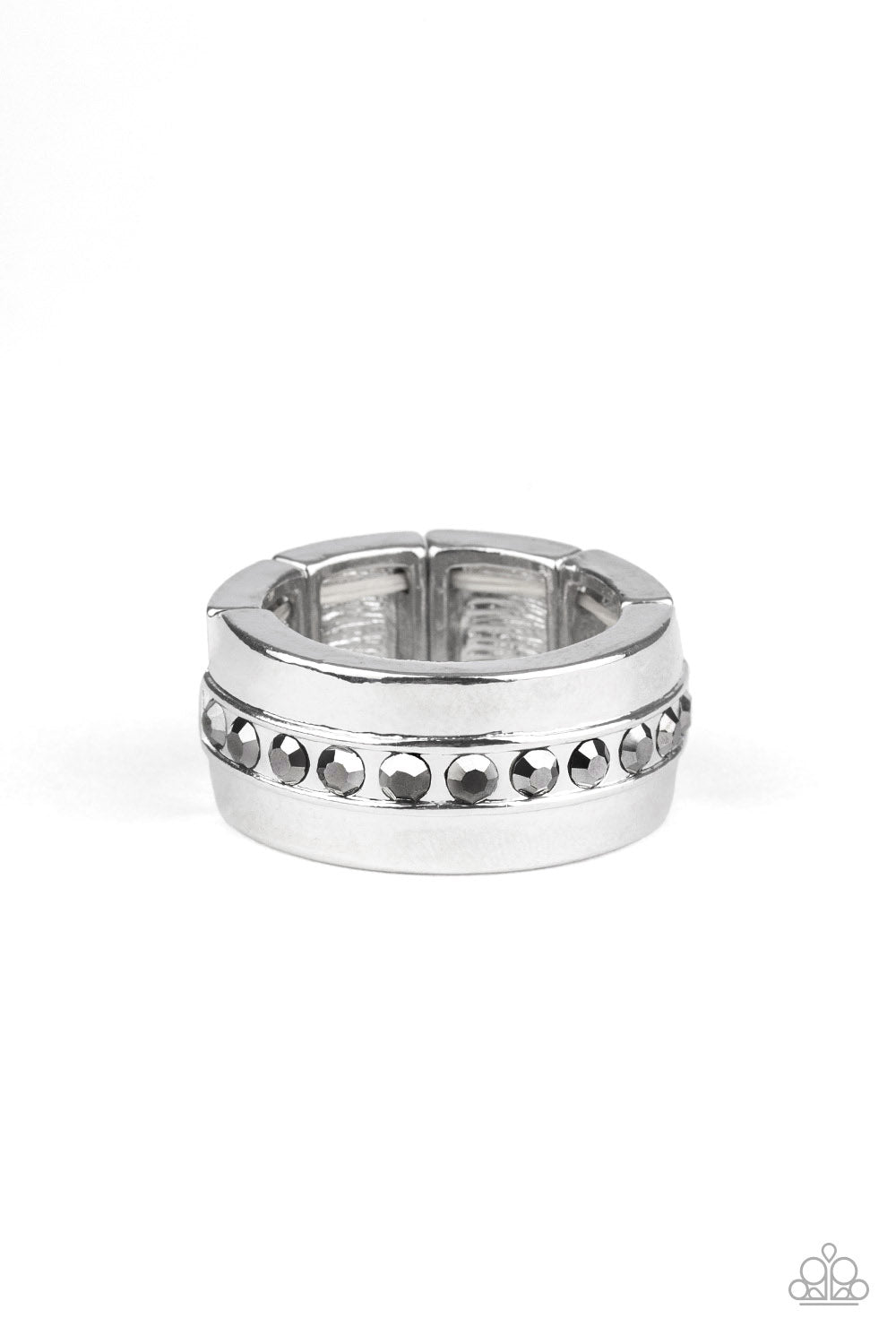 Paparazzi Ring ~ Reigning Champ - Silver
