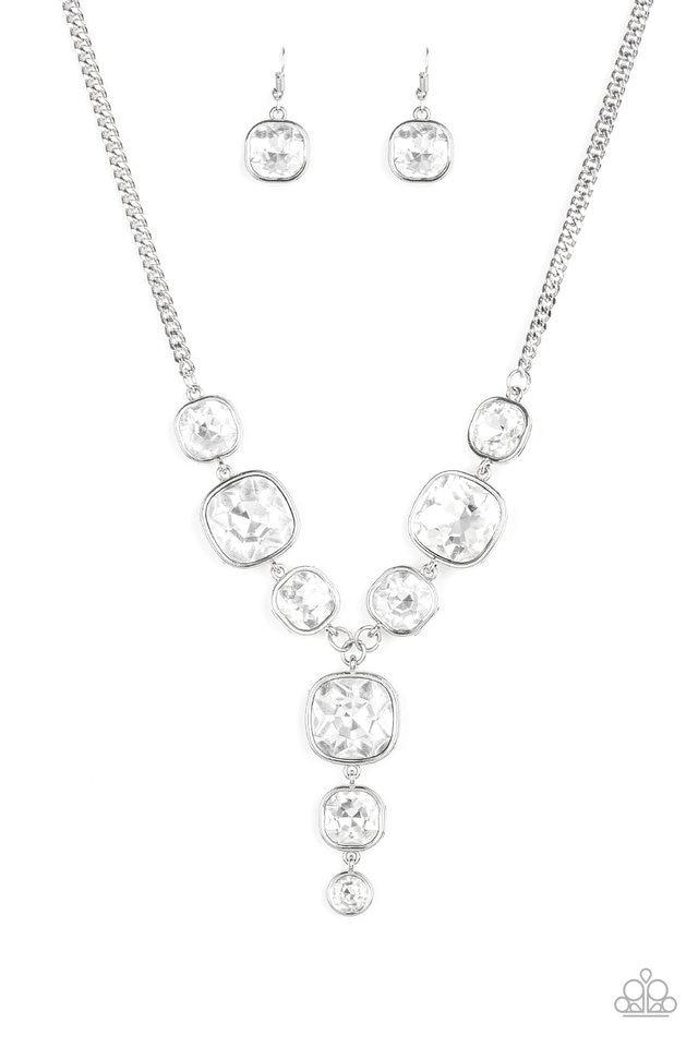 Paparazzi Necklace ~ Legendary Luster - White