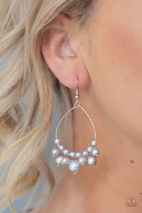 Paparazzi Earring ~ 5th Avenue Appeal - Silver