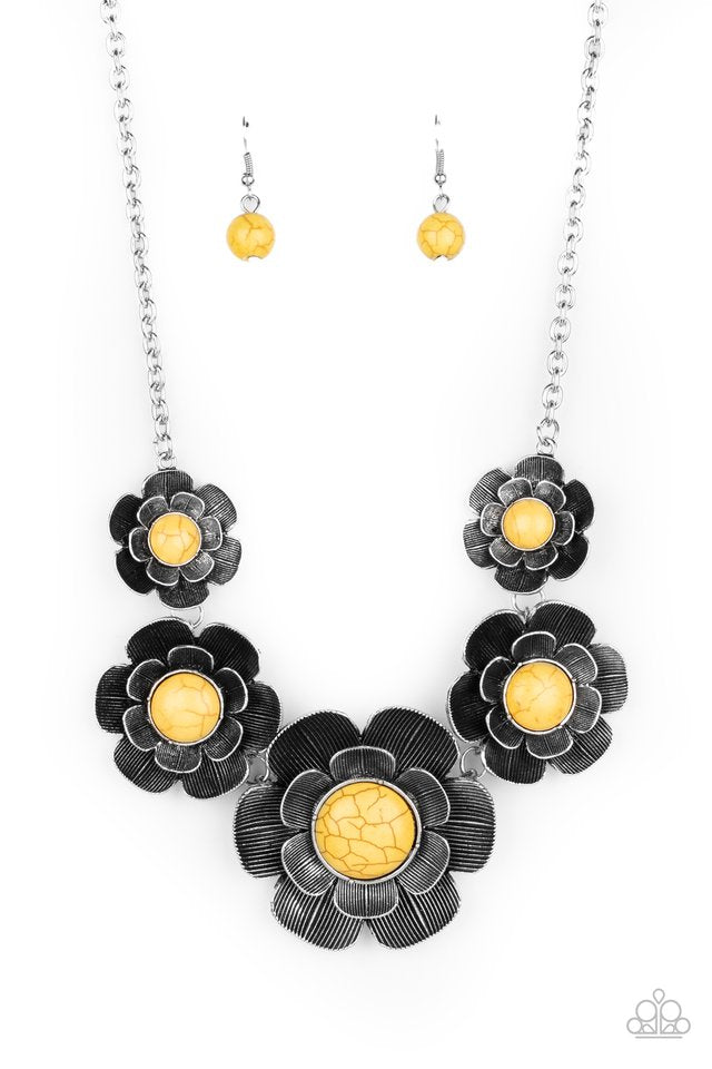 Paparazzi Necklace ~ Bountiful Badlands - Yellow
