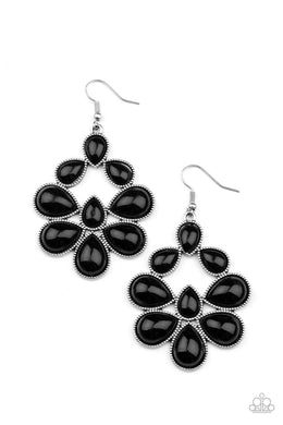 In Crowd Couture - Black - Paparazzi Earring Image