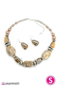 Paparazzi Blockbuster Necklace - In Good Glazes - Brown