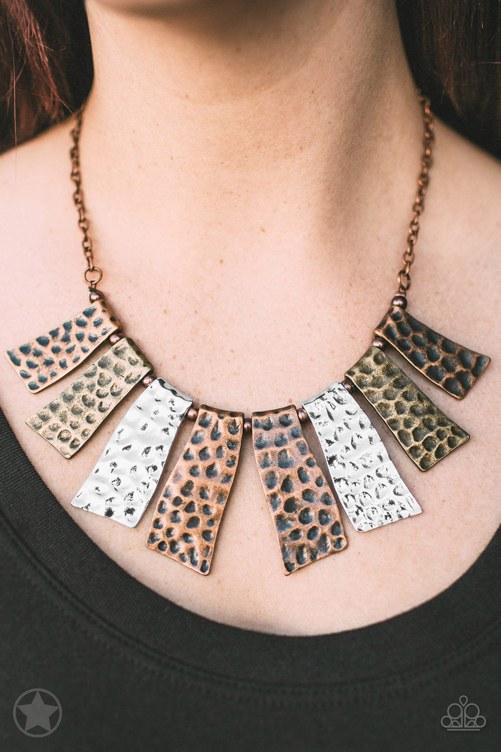 Paparazzi Necklace Blockbuster - A Fan of the Tribe - Copper