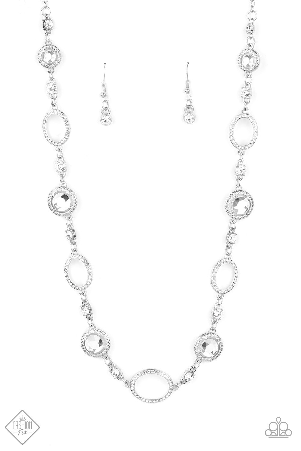 Paparazzi Necklace ~ Pushing Your LUXE - Fashion Fix Nov 2020 - White