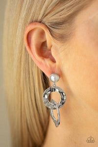 Paparazzi Earring ~ On Scene - White