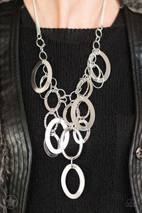 Paparazzi Necklace Blockbuster - A Silver Spell - Silver
